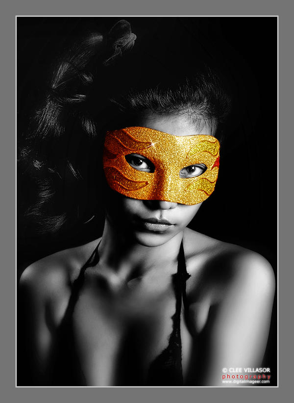 angel-ivy-as-masked-midia-1_l